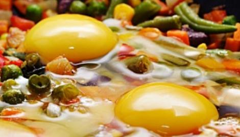 Яйца със спанак и сирене