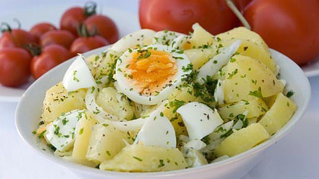 Рецепта за Картофена салата с яйца
