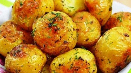 Виж тайната на вкусните картофки, всички у дома са луди по тях
