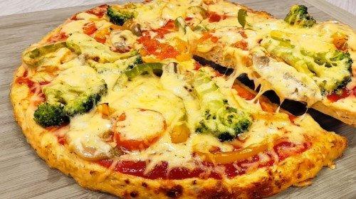 Нон стоп хапваме от тази пица – вкусна, сочна и без грам брашно!