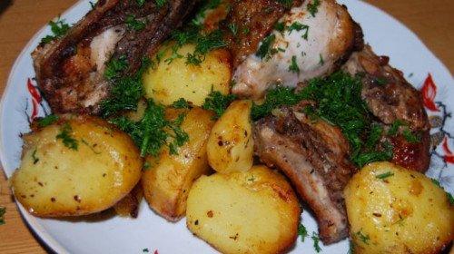 Пилешко с картофки – нереална вкусотия