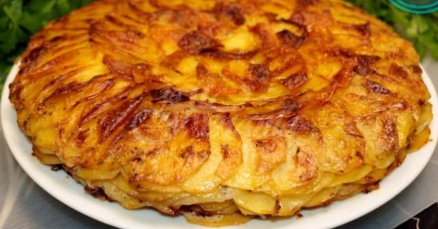 Само картофи, лук и мляко, а става неописуема вкусотия! Френската рецепта, която взриви света с вкуса си: