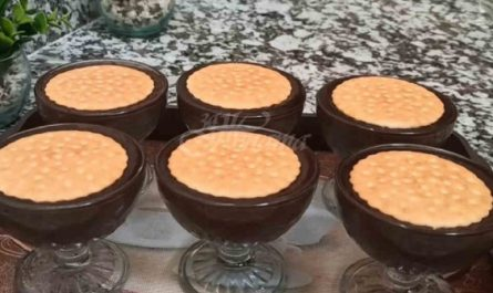 торта в чашка