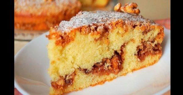 Сладка орехова пита по-лесно се приготвя от кекс